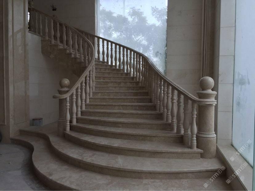 商圈分类:圆柱 发布信息:工程名称:艺兴办公大楼 产品:旋转楼梯.