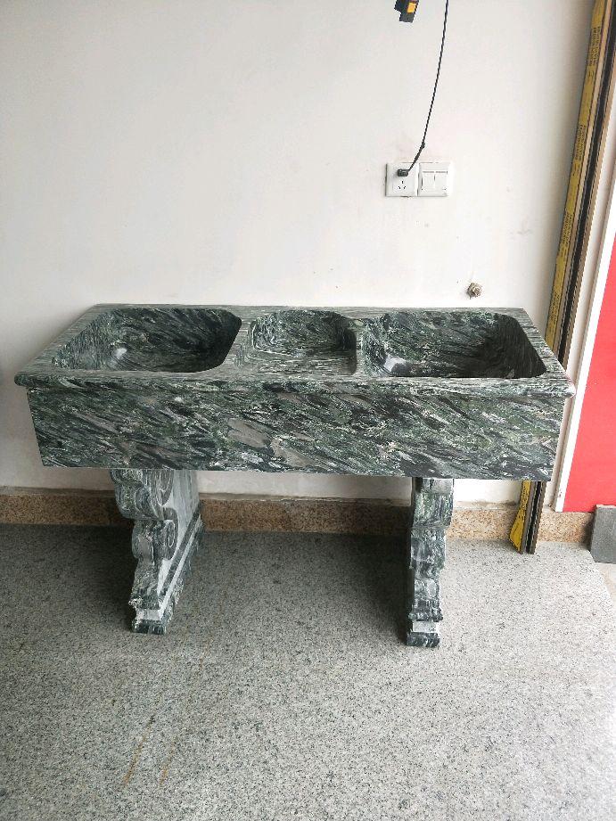 五彩绿洗衣池  五彩绿洗衣池 商圈分类:花岗岩 发布信息:纯手工加工